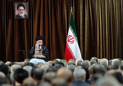 İslam İnkılabı Rehberi: ABD İle İlişki Kurarak Sorunların Çözüleceği Düşünmek Açık Bir Hatadır