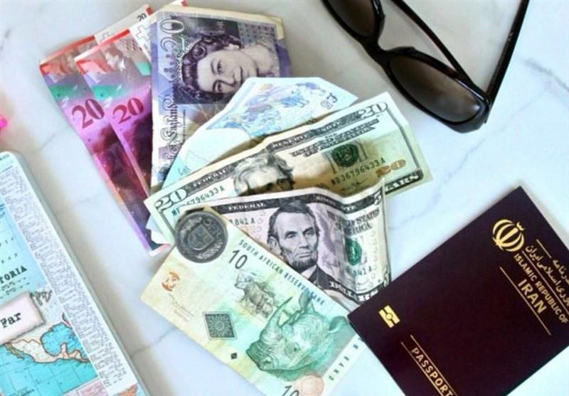 ارز مسافرتی 10 هزار و 400 تومان شد/صف مردم برای خرید ارز