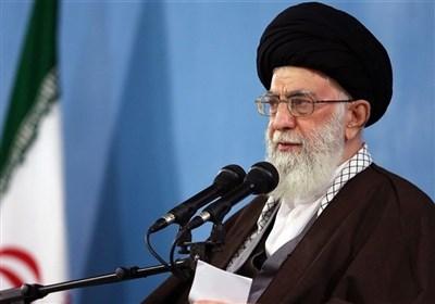 """الإمام الخامنئی: الظن أن یکون هنالک حل للمشاکل عبر المفاوضات او العلاقة مع أمریکا یعتبر """"خطأ واضح"""""""