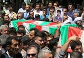 مراسم بزرگداشت شهدای عملیات تروریستی مریوان برگزار شد+تصاویر