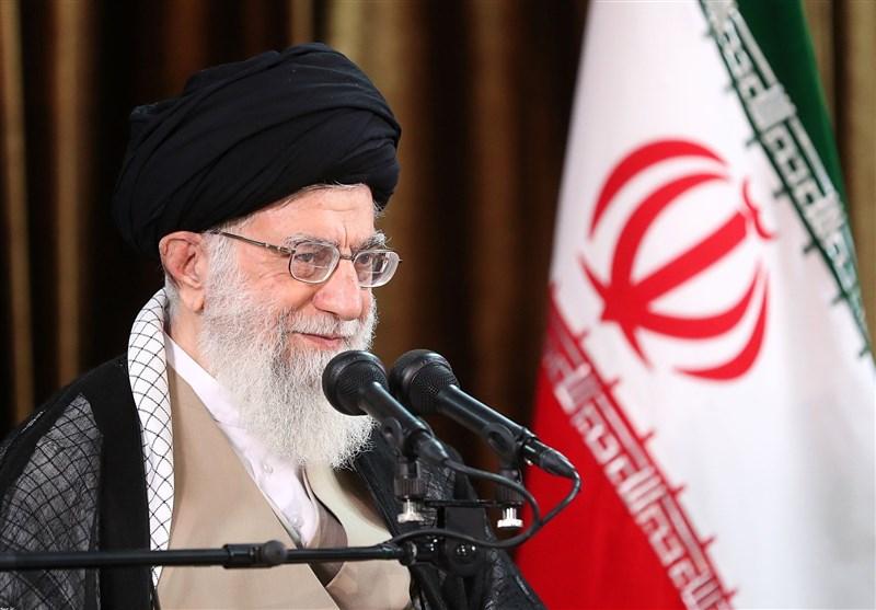 الإمام الخامنئی: التصور ان هناک حل للمشاکل عبر التفاوض مع امریکا یعد خطا سافرا