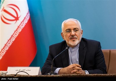 FM Zarif Blasts US Imprisonment of Iran's TV Anchor Hashemi