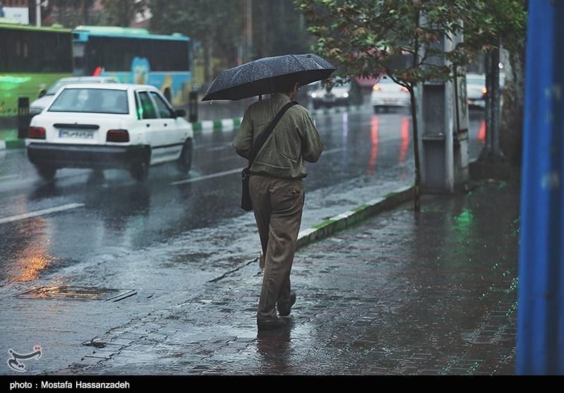 پیش بینی باران و رعدوبرق در 12 استان/هشدار سیلابی شدن مناطق کوهستانی