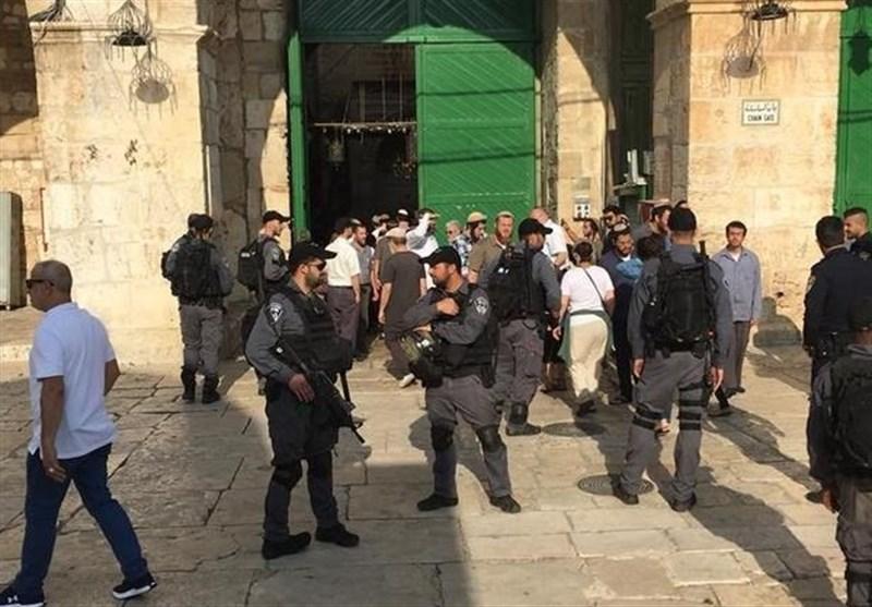 اسرائیلی فوج کی غْنڈہ گردی،مسجد اقصیٰ نمازیوں کے لیے بند کر دی گئی