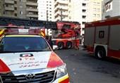 دهها نفر از ساکنان برج شعلهور میدان موج نجات یافتند/ عملیات ادامه داد + فیلم و تصاویر