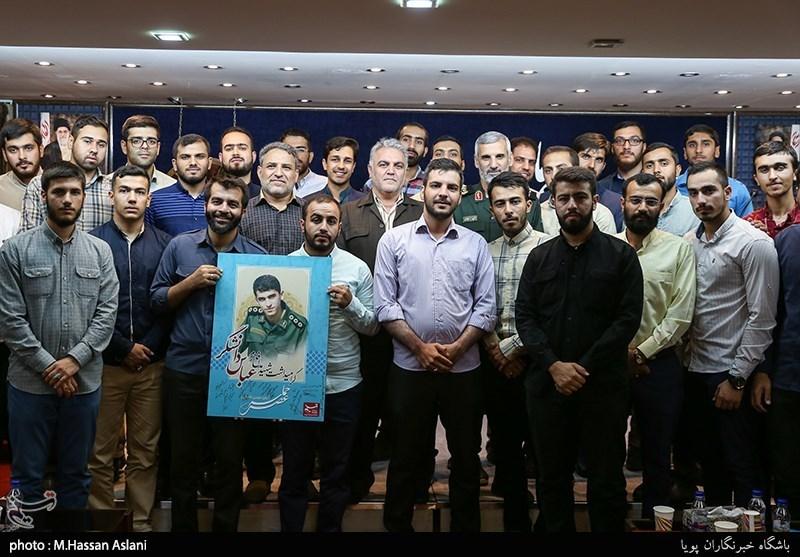 عصر حماسه در تسنیم: وقتی یک سردار به مقام شهید مدافع حرم حسادت کرد/شهید دانشگر قبل از آنکه مدافع حرم باشد, مدافع وطن بود