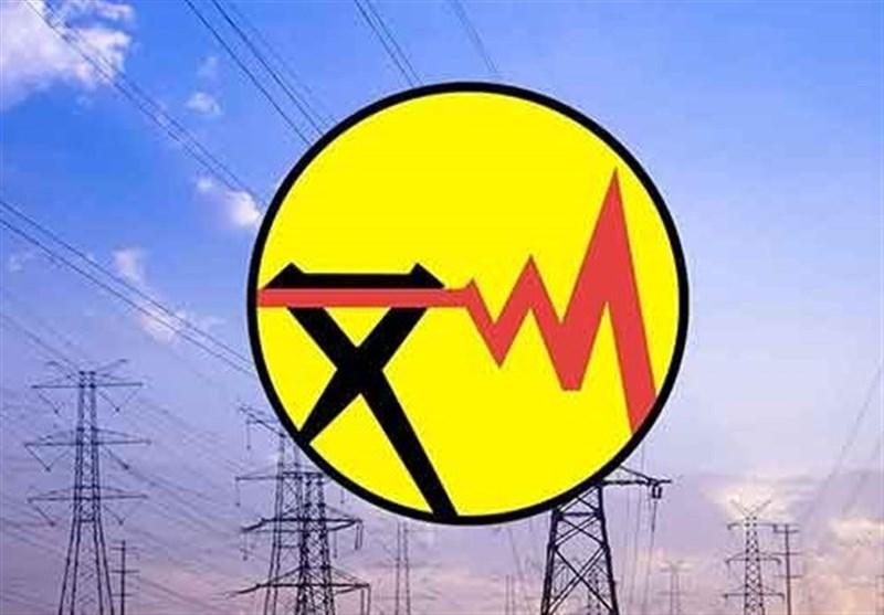 قطعی 15 دقیقهای برق بین بازی صنعت نفت آبادان و پارسجنوبی جم