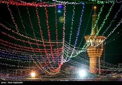 بارگاہ ملکوتی امام رضا علیہ السلام میں چراغاں