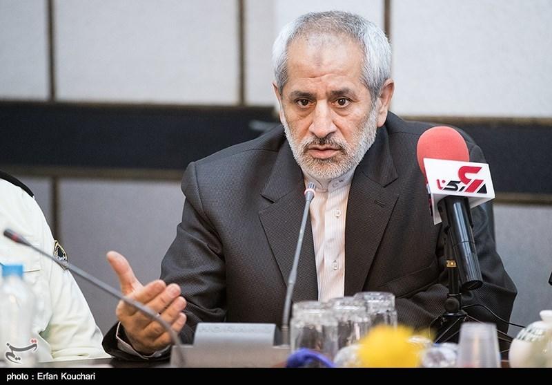دادستان تهران خبر داد:شکایت گمرک علیه 53 شرکت خودرویی/ ورود 10500 گوشی تلفن همراه به نام فردی که مُرده بود
