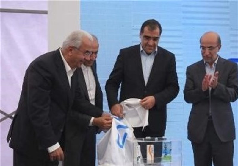 Iran Unveils Three New Homegrown Medicines