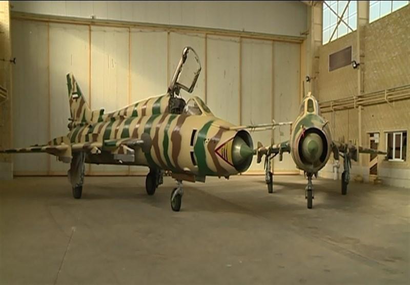 10 فروند جنگنده بمبافکن سوخو 22 توسط سپاه ارتقا یافت
