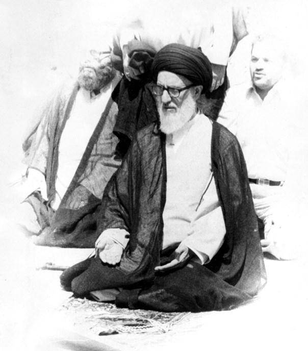 آیتالله طالقانی در یکی از نمازجمعههای تهران