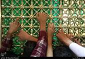 زائران دل در گرو پنجره فولاد بستهاند؛ حرم شمس الشموس مامن دل شکستگان است+فیلم