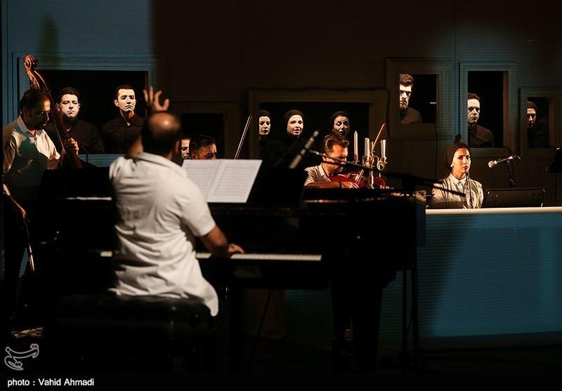 کنسرت - نمایش طرحی نو دراندازیم با اجرای سالار عقیلی