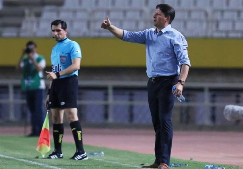 خوزستان| سرجیو: بازیکنانم انگیزه زیادی برای بازی مقابل پرسپولیس دارند/ بالوتلی فردا ما را همراهی میکند