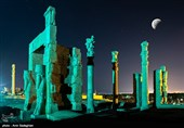Longest Lunar Eclipse of Century Dazzles Sky-Watchers in Iran's Persepolis