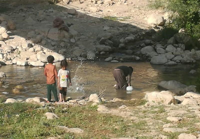 """کهگیلویه و بویراحمد  روستانشینانی که در پُر آبترین منطقه """"آب آلوده"""" مینوشند+عکس"""