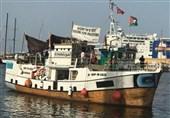 انسانیت دشمن اسرائیل کا غزہ کیلئے امدادی سامان لے جانے والے جہاز پر حملہ