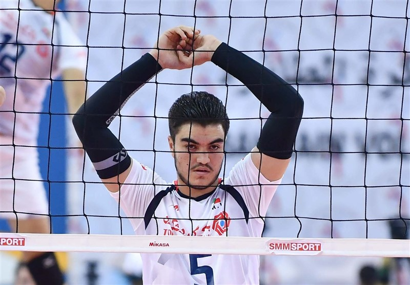 Iran's Sharifi Reaches Agreement with Turkish Volleyball Club Bursa