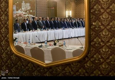نشست سفرای ایران در خارج از کشور با مسئولین بنیاد مستضعفان