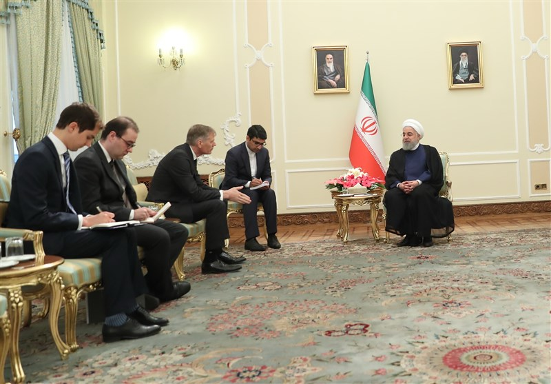 Iran Not to Give Up Its Right to Export Oil: President