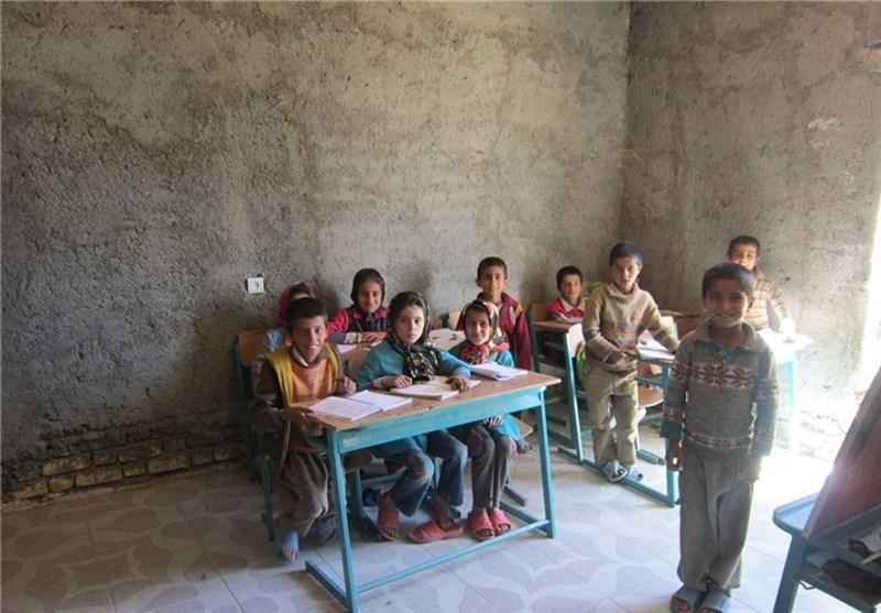 کردستان| بانه و مریوان با کمبود فضای آموزشی مواجه هستند