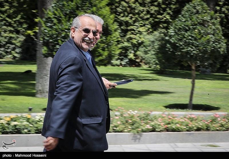 «کرباسیان» با رأی نمایندگان مجلس از وزارت اقتصاد رفت