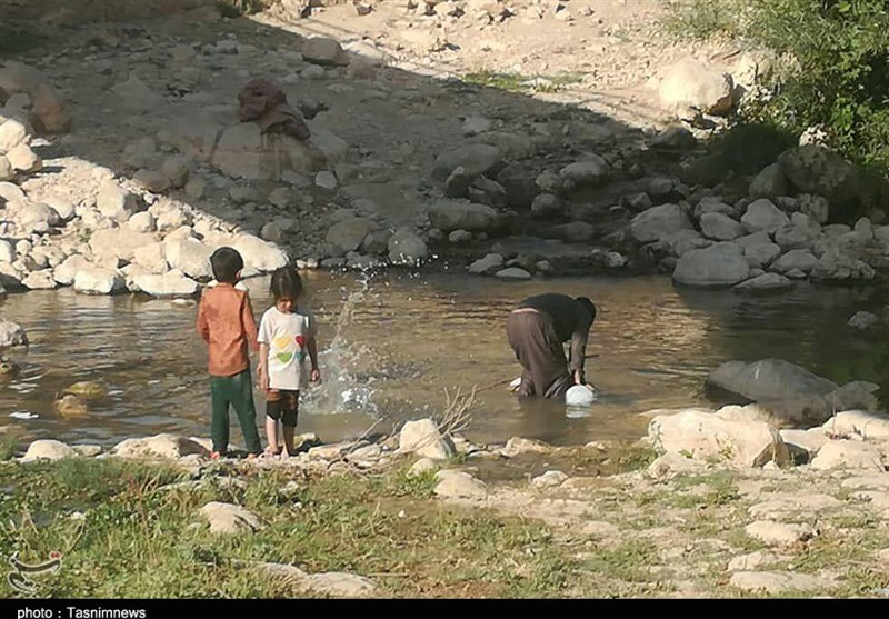 روایت تصویری تسنیم از روستانشینانی که در کهگیلویه و بویراحمد آب آلوده مینوشند