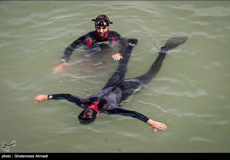 نظر دو تن از شرکتکنندگان در مسابقات نظامی درباره عملکرد تیم غواصی ایران