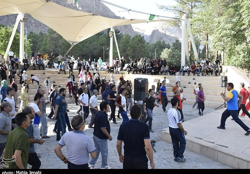 نشست هم اندیشی مسئولان هیئت ورزشهای همگانی استان تهران برگزار شد
