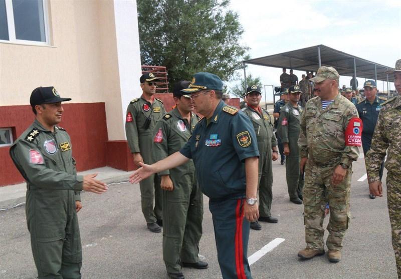 Kazakh Defense Minister Greets Iranian Military Team