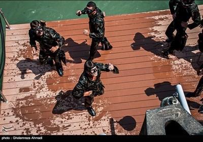 افواج عالم کے ایران کے شہر نوشہر میں ڈائیونگ مقابلے