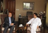 Iran's Envoy Meets New Pakistani Leader Imran Khan