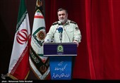 فرمانده ناجا: برخی از دستگاهها مسئولیت خود را در زمینه امنیت اجتماعی و فرهنگی انجام نمیدهند