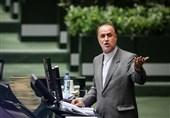 حاجیبابایی: دولت برای افزایش قیمت بنزین مجوز ندارد