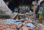 20,000 Still without Aid on Quake-Hit Indonesian Island