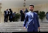 آذری جهرمی: هیچ امر حاکمیتی بر انسداد اینستاگرام به دولت ابلاغ نشده است