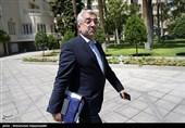وزیر نیرو برای بررسی وضعیت مناطق درگیر در سیل راهی خوزستان شد