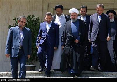 حجت الاسلام حسن روحانی رئیس جمهور در حاشیه جلسه هیئت دولت