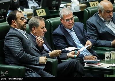 اسحاق جهانگیری معاون اول رئیس جمهور در جلسه استیضاح علی ربیعی وزیر تعاون ، کار و رفاه اجتماعی