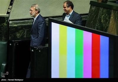علی لاریجانی رئیس مجلس شورای اسلامی در پایان جلسه استیضاح وزیر تعاون ، کار و رفاه اجتماعی