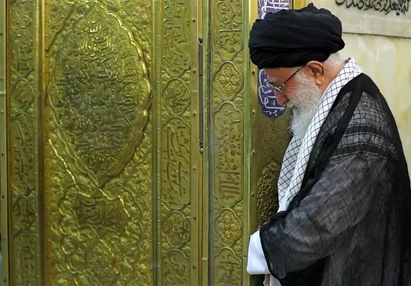 تشرف امام خامنهای به حرم مطهر رضوی و آغاز مراسم غبارروبی + عکس