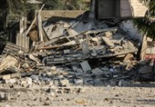 إسرائیلیون یعتدون على ممتلکات الفلسطینین فی الضفة
