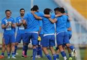 تمرین بازیکنان ذخیره استقلال در زمین شماره 2 ورزشگاه آزادی