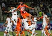 لیگ برتر فوتبال| تساوی یک نیمهای سایپا و ذوبآهن/ نساجی با پیروزی مقابل پارس به رختکن رفت