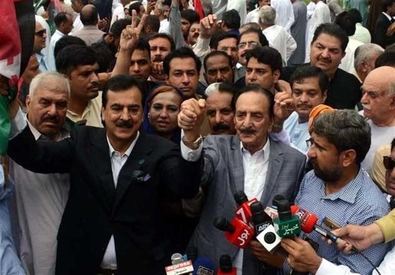 اپوزیشن کے احتجاج میں عدلیہ مخالف نعرے، رہنماوں کیخلاف دہشت گردی کے مقدمات درج
