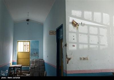این مدرسه برای مدت کوتاهی به خانه بهداشت تبدیل شده بود که به دلیل کوچ ساکنین روستای کارنام از دهستان گرماب این تغییر کاربری هم کارآمد نبود و درنهایت با کلاسهای خالی و تزیینات آخرین جشنهای مدرسه رها شد