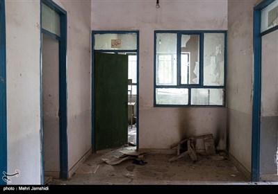 روستای مزده از توابع دهستان گرماب در منطقه چهاردانگه دو مدرسه راهنمایی و ابتدایی مزده را داشت که امروز خالی هستند. این در حالی است که در برخی مناطق دیگر کشور، دانش آموزان روستایی در زیر کپر درس میخوانند