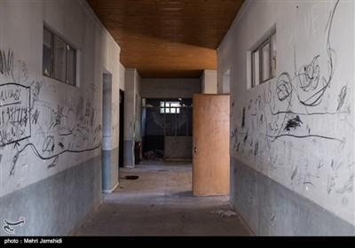 در روستای کوات ۶ دانش آموز در مقطع متوسطه اول به تحصیل مشغولند. نمایی از روستای تلمادره در دهستان پشتکوه بخش چهاردانگه