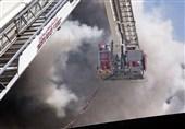 آتش گرفتن انبار 300 متری لوازم لوکس خودرو در خیابان امیرکبیر